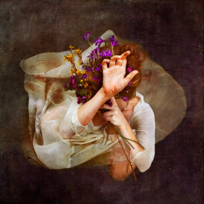 fotografie-surreali-cercano-bellezza-brooke-shaden-11