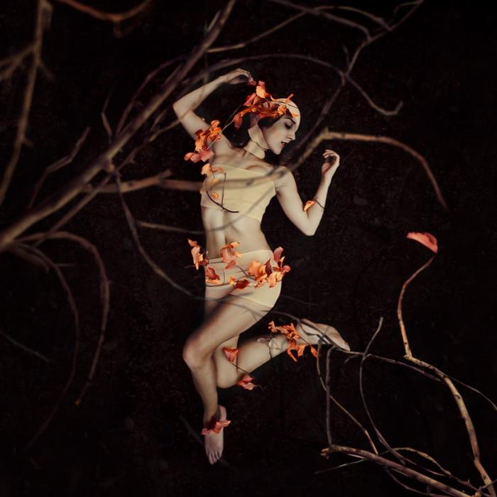 fotografie-surreali-cercano-bellezza-brooke-shaden-15