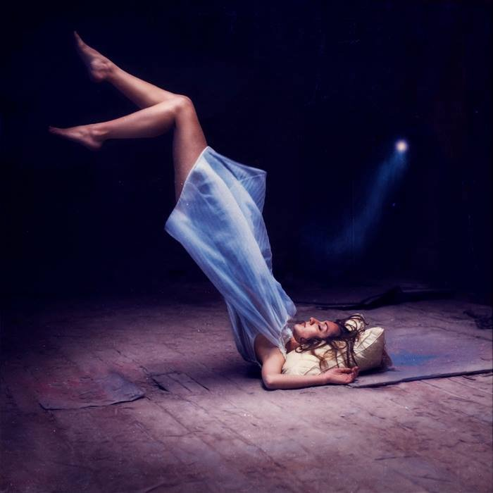 fotografie-surreali-cercano-bellezza-brooke-shaden-cover