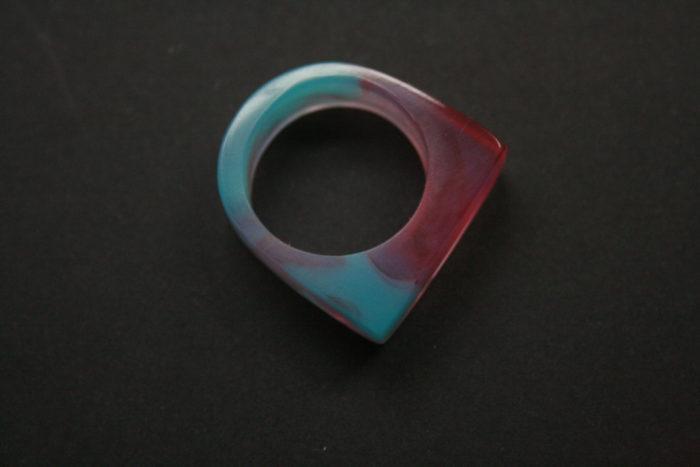 gioielli-artigianali-legno-resina-ciondoli-anelli-orecchini-boldb-01