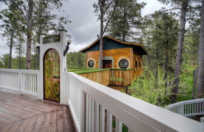 hotel-casa-hobbit-sud-dakota-chateau-de-soleil-1