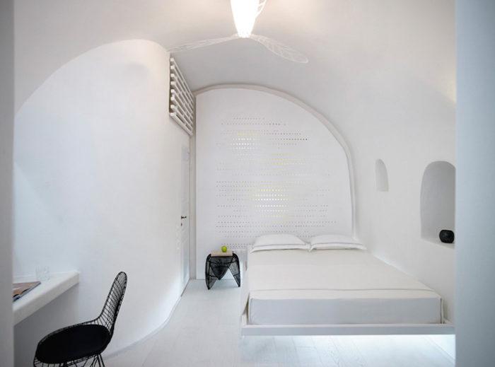 hotel-caverna-grecia-santorini-oia-09
