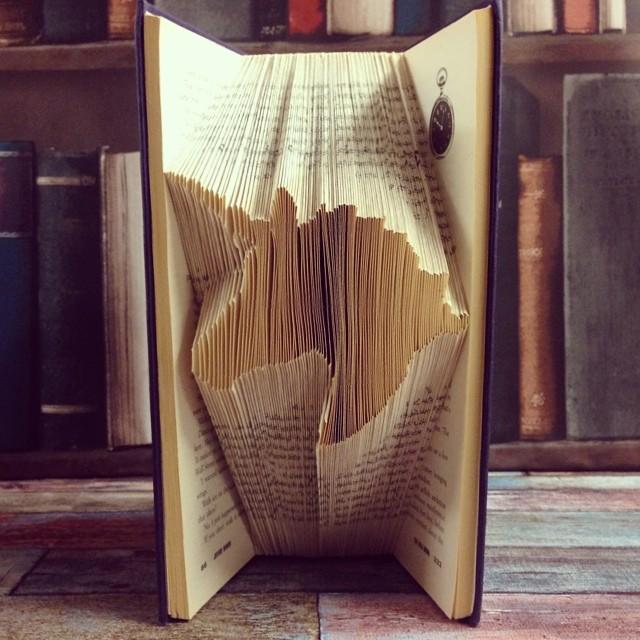 libri-sculture-figure-3d-pagine-piegate-book-origami-02