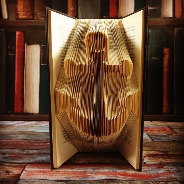 libri-sculture-figure-3d-pagine-piegate-book-origami-06