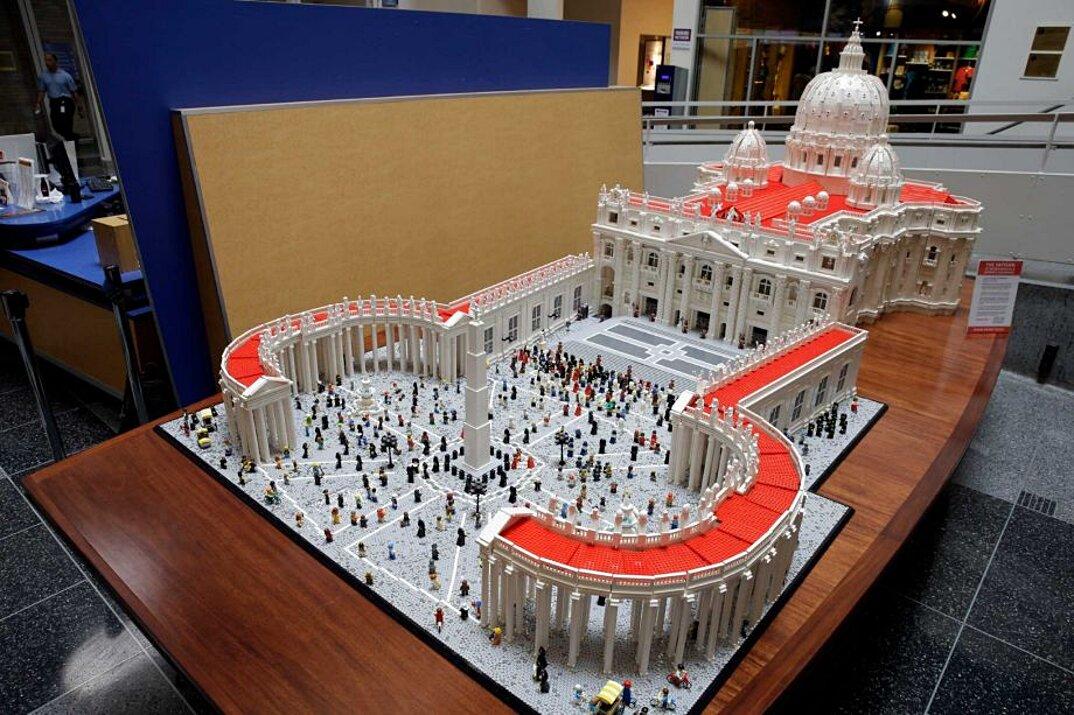 modello-san-pietro-vaticano-in-scala-lego-bob-simon-7