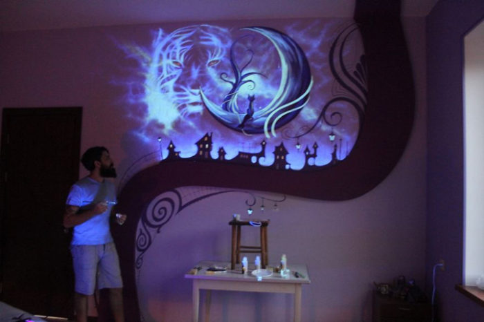 murale-fluorescente-al-buio-camera-da-letto-6