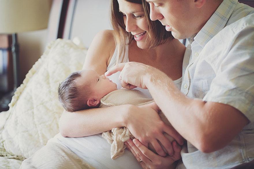 neonata-malata-terminale-tumore-cervello-cancro-sindrome-down-foto-di-famiglia-01