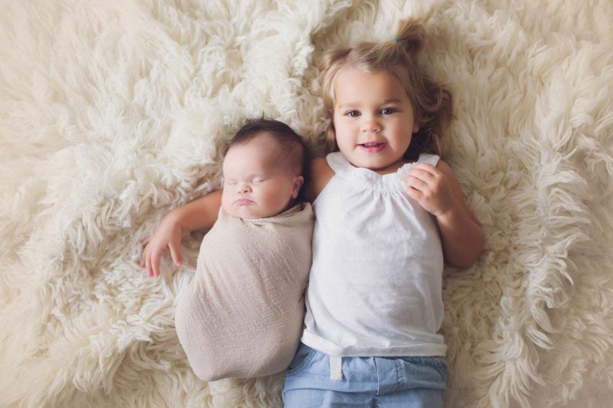 neonata-malata-terminale-tumore-cervello-cancro-sindrome-down-foto-di-famiglia-05