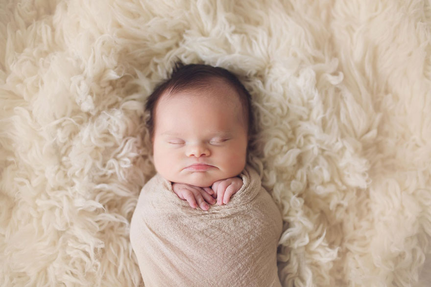 neonata-malata-terminale-tumore-cervello-cancro-sindrome-down-foto-di-famiglia-13