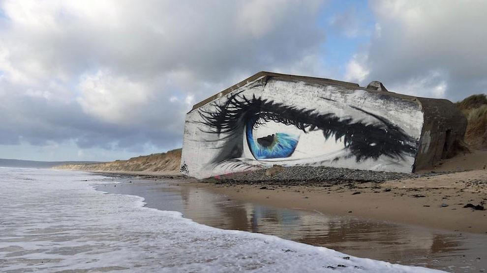 occhio-street-art-spiaggia-francia-cece-aerosoleil-1