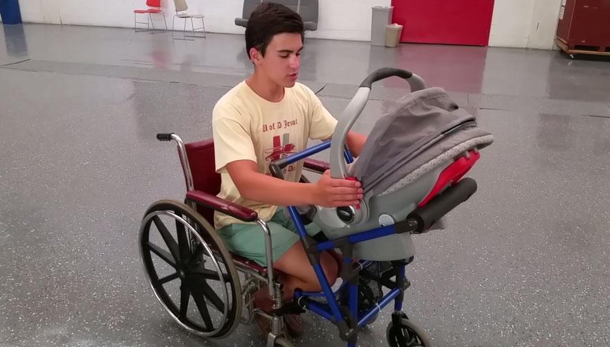 passeggino-sedia-rotelle-mamme-disabili-alden-kain-11