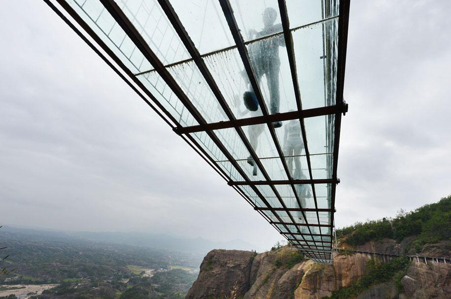 ponte-di-vetro-più-lungo-al-mondo-cina-shiniuzhai-geopark-2