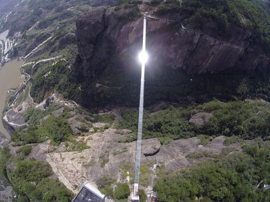 ponte-di-vetro-più-lungo-al-mondo-cina-shiniuzhai-geopark-9