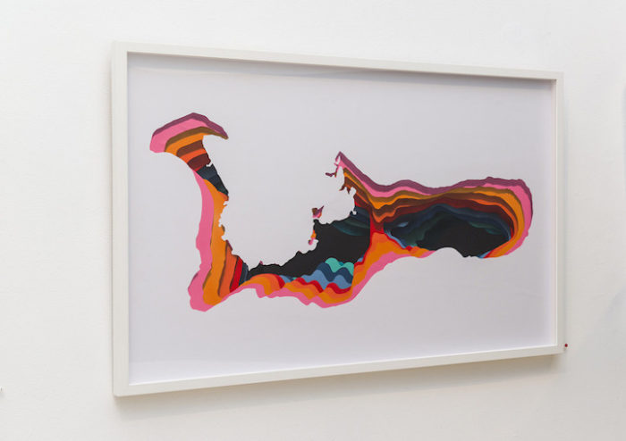 quadri-dipinti-illusione-ottica-buco-dimensione-arte-1010-01