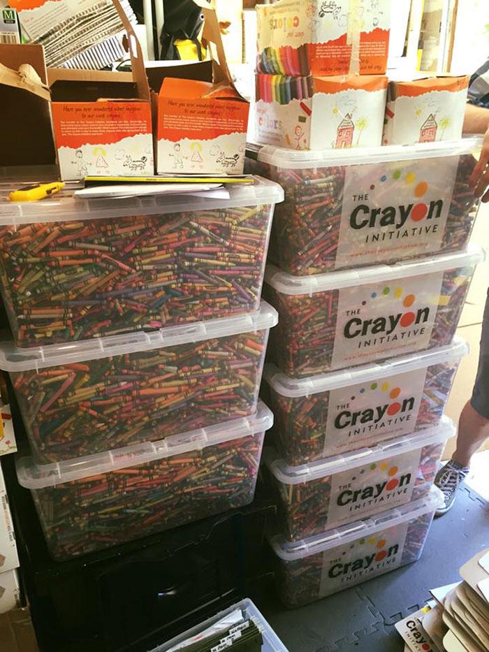 riciclare-pastelli-colori-bambini-ospedali-bryan-ware-01