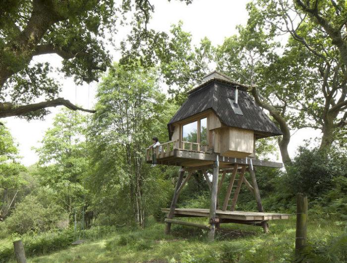 rifugio-creativo-legno-palafitta-bosco-nozomi-nakabayashi-05