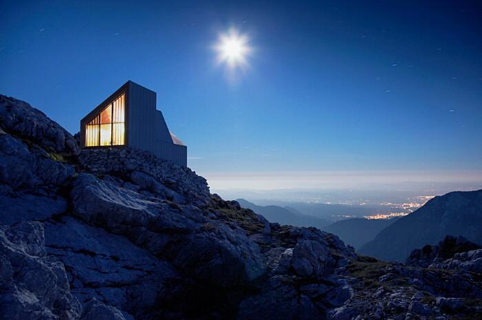 rifugio-monte-skuta-slovenia-architettura-ofis-09-keb