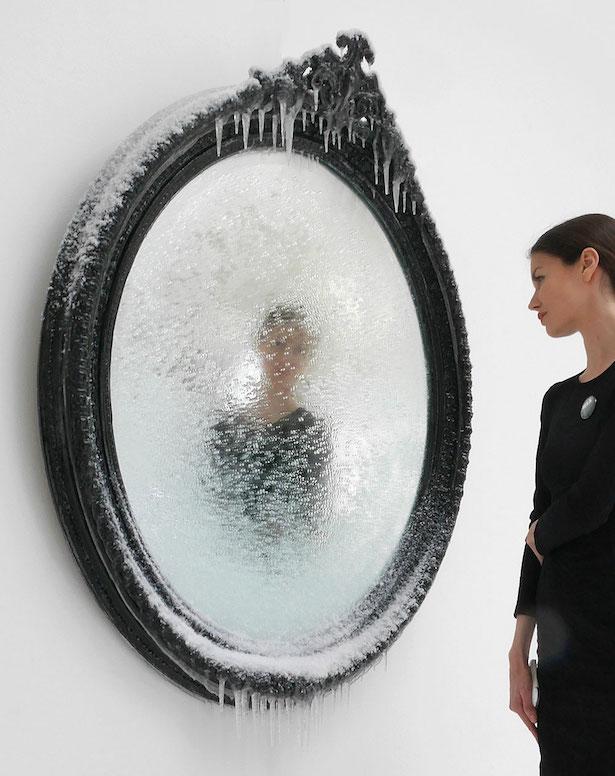 scultura-surreale-ghiaccio-neve-autoritratto-invernale-laurent-pernot-9
