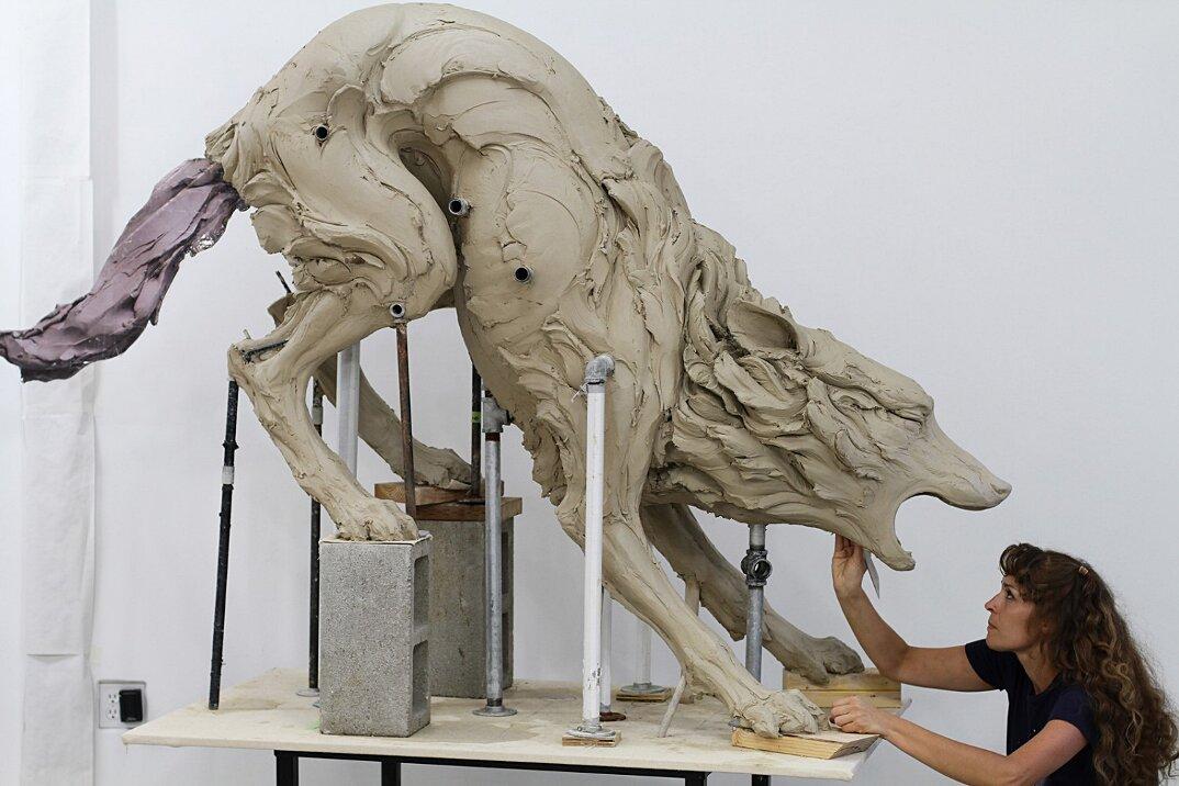 sculture-animali-gres-emozioni-umane-beth-cavener-01