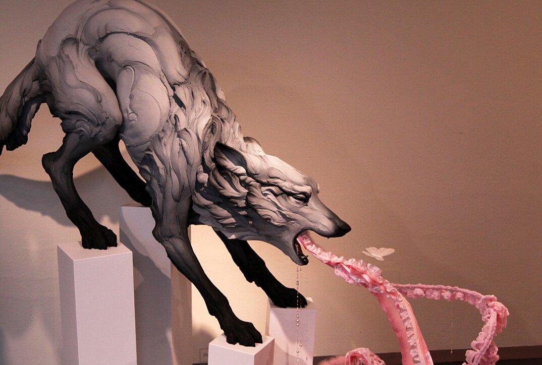sculture-animali-gres-emozioni-umane-beth-cavener-04