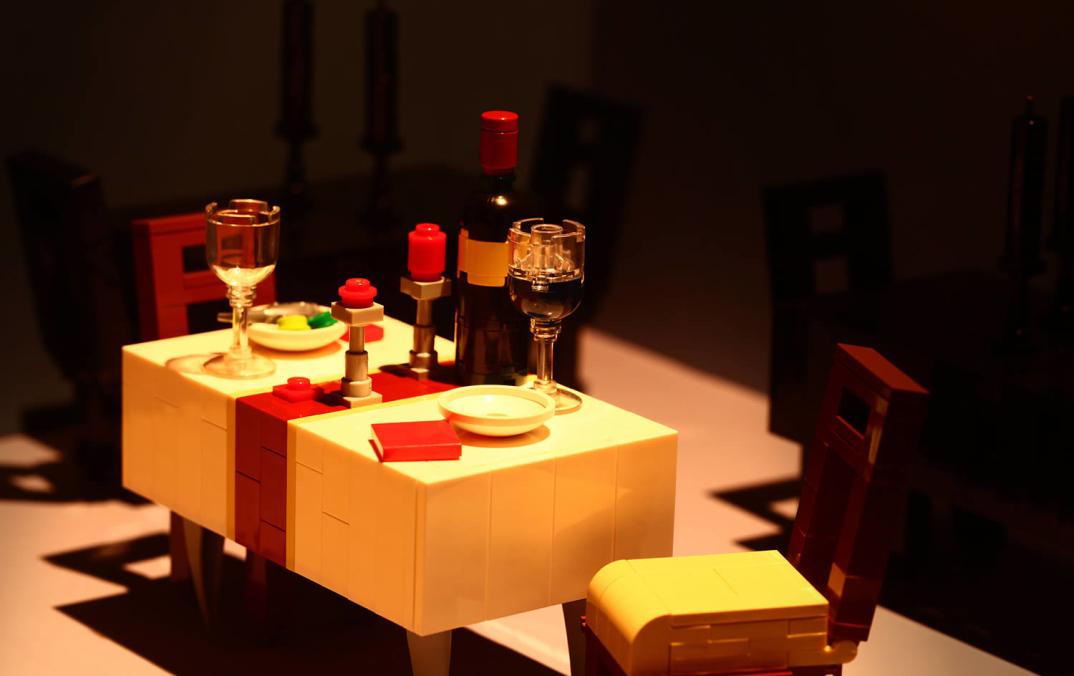 sculture-lego-oggetti-comuni-kosmas-santosa-05