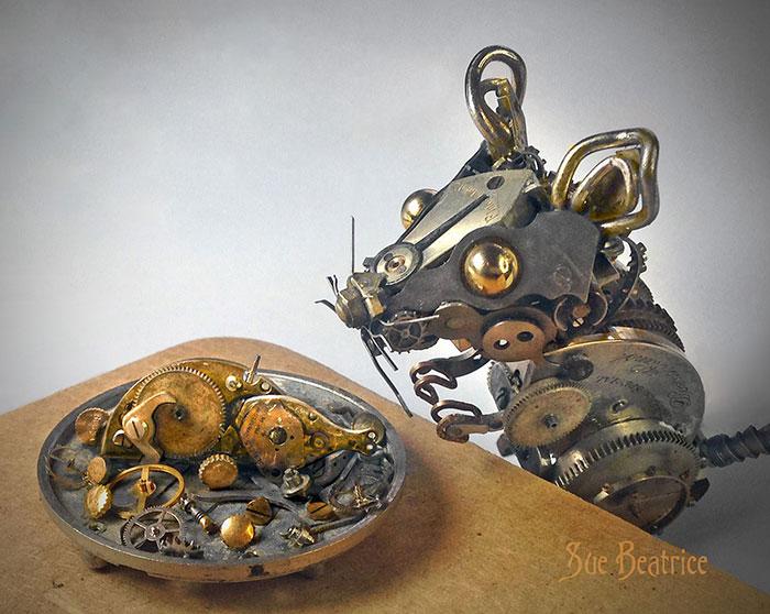 sculture-parti-orologi-riciclati-vintage_steampunk-susan-beatrice-06