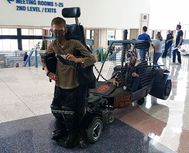 sedia-rotelle-mad-max-cosplay-ben-carpenter-disabile-1