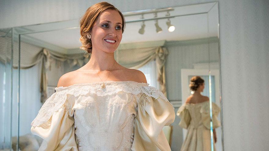 sposa-indossa-abito-matrimonio-vecchio-120-anni-08