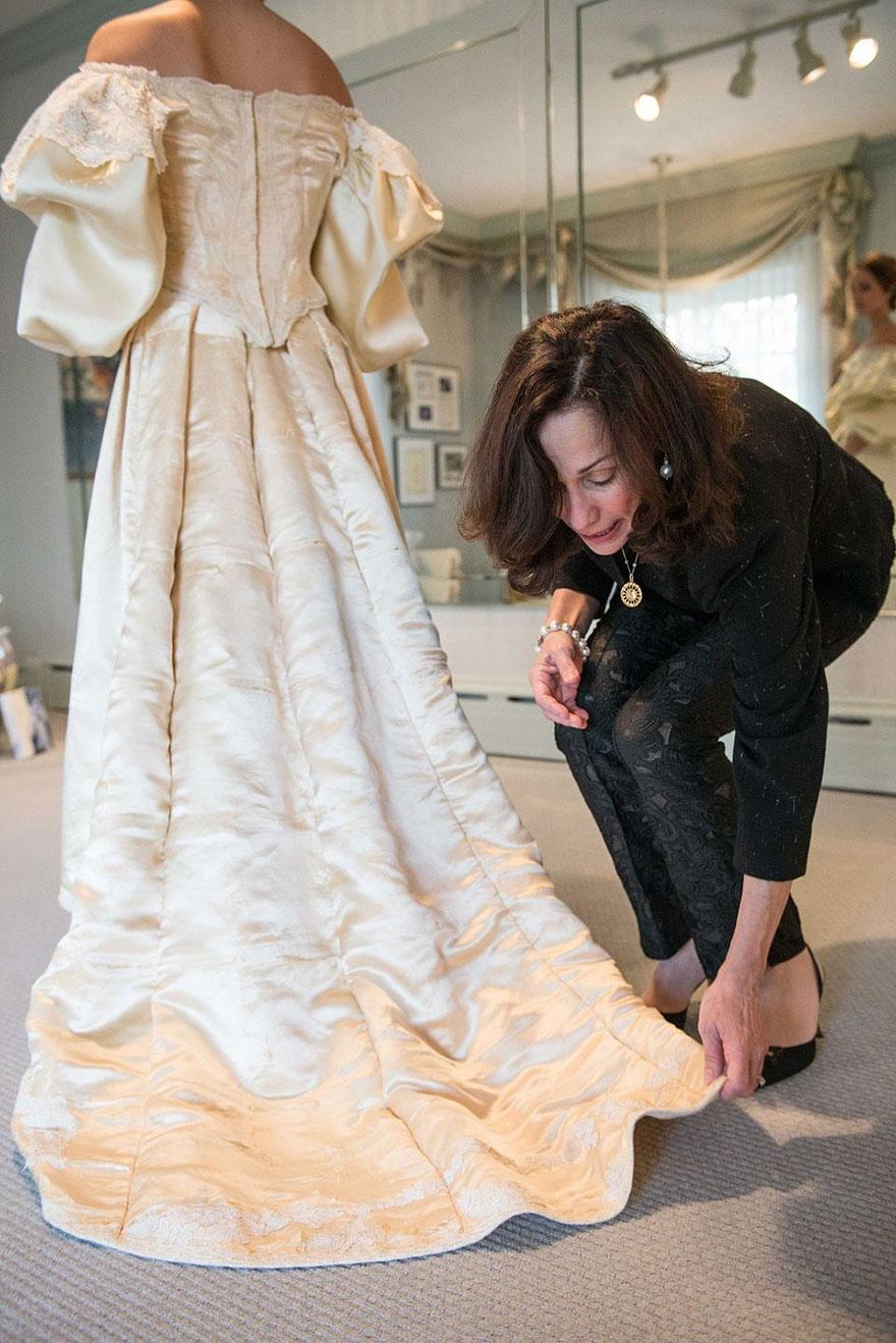 sposa-indossa-abito-matrimonio-vecchio-120-anni-10