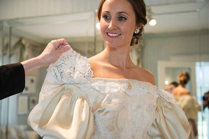 sposa-indossa-abito-matrimonio-vecchio-120-anni-11