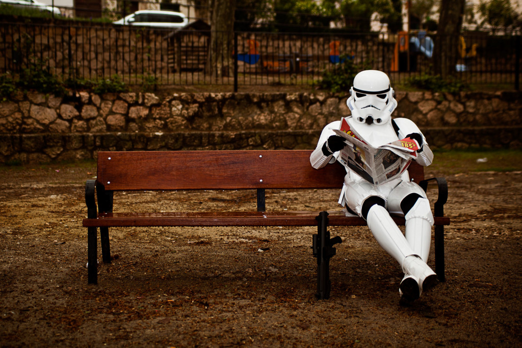 stormtrooper-star-wars-foto-divertenti-the-other-side-jorge-perez-11