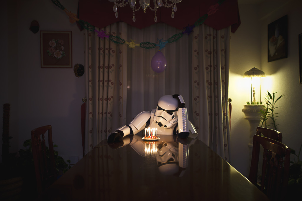 stormtrooper-star-wars-foto-divertenti-the-other-side-jorge-perez-15