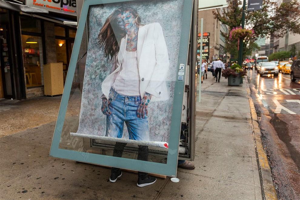 street-art-dissolve-poster-pubblicità-moda-new-york-vermibus-04