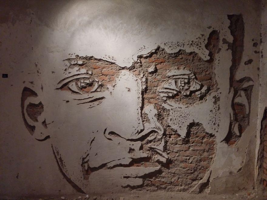 street-art-had-wall-artisti-bosnia-03
