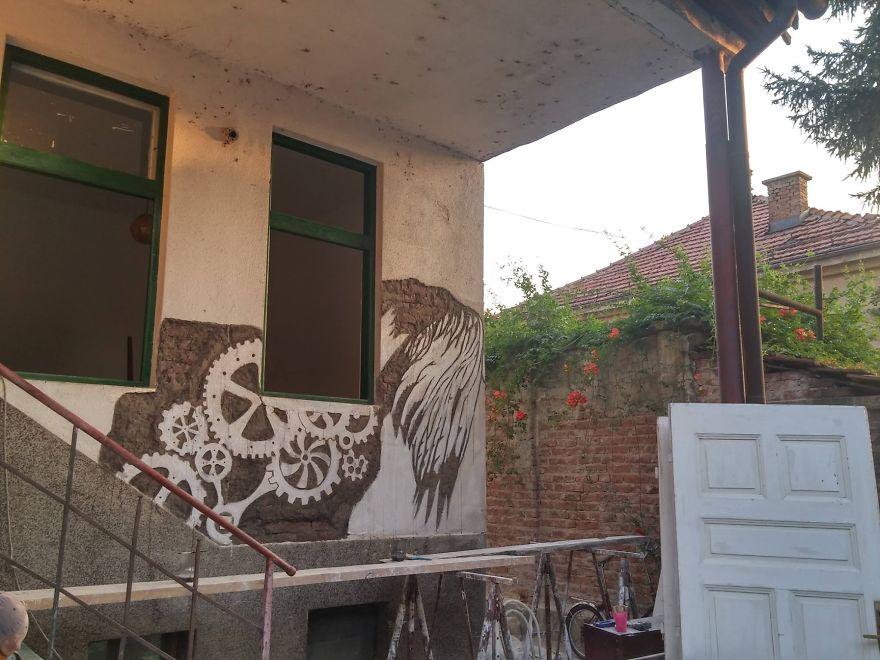 street-art-had-wall-artisti-bosnia-05