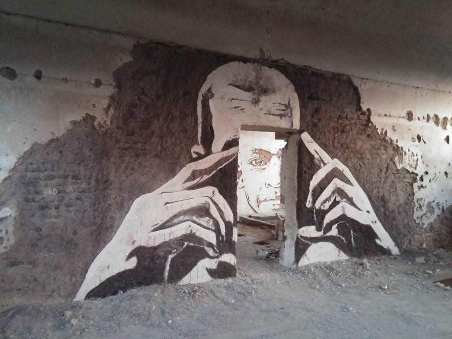 street-art-had-wall-artisti-bosnia-07