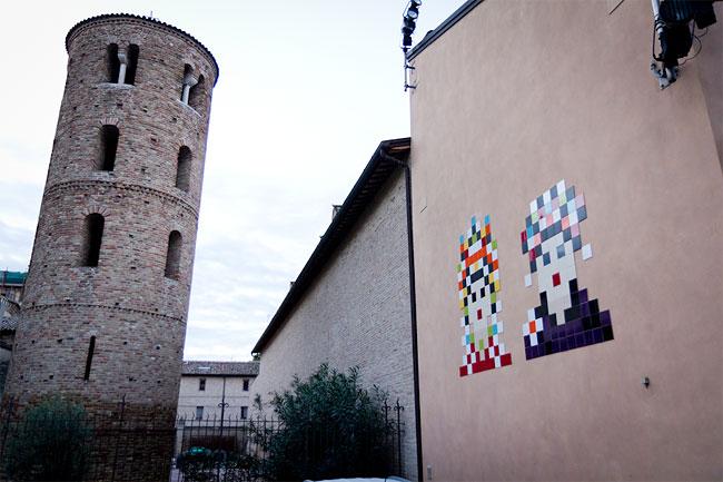 street-art-ravenna-space-invader-12