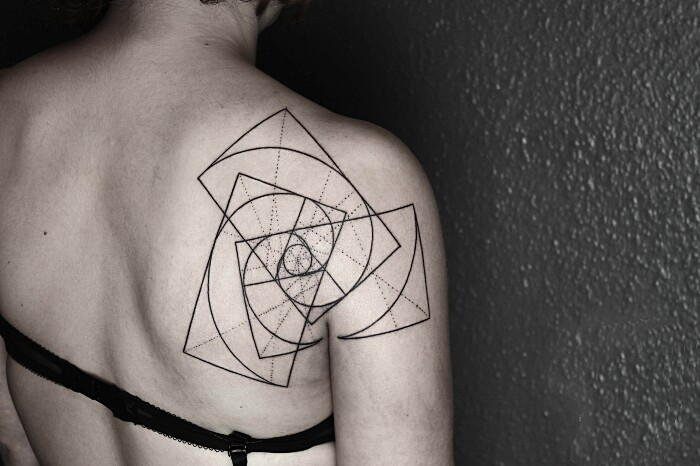 tatuaggi-animali-geometrici-eleganti-lineari-okan-uckun-02