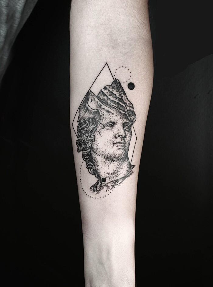 tatuaggi-animali-geometrici-eleganti-lineari-okan-uckun-16