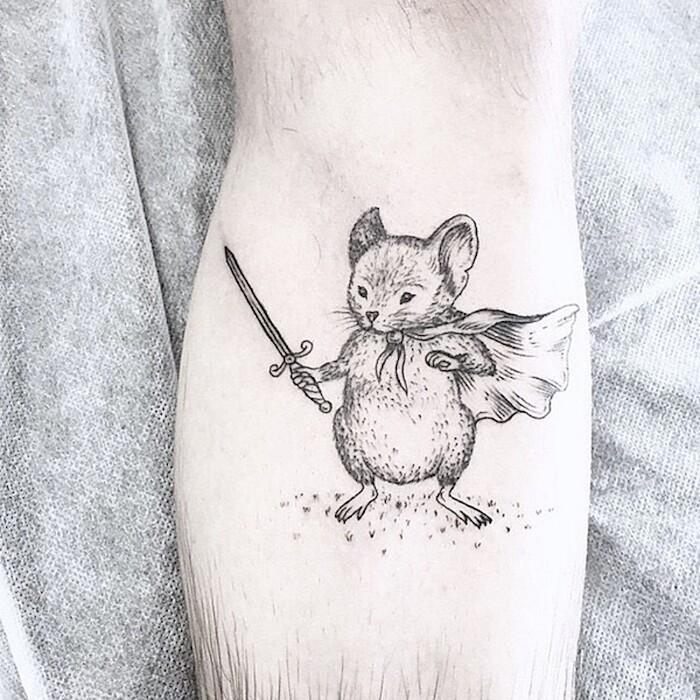 tatuaggi-eleganti-minimalisti-piante-animali-surreali-caitlin-thomas-lucidlines-09
