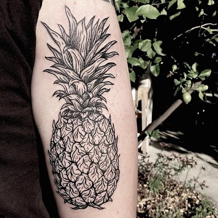 tatuaggi-eleganti-minimalisti-piante-animali-surreali-caitlin-thomas-lucidlines-20