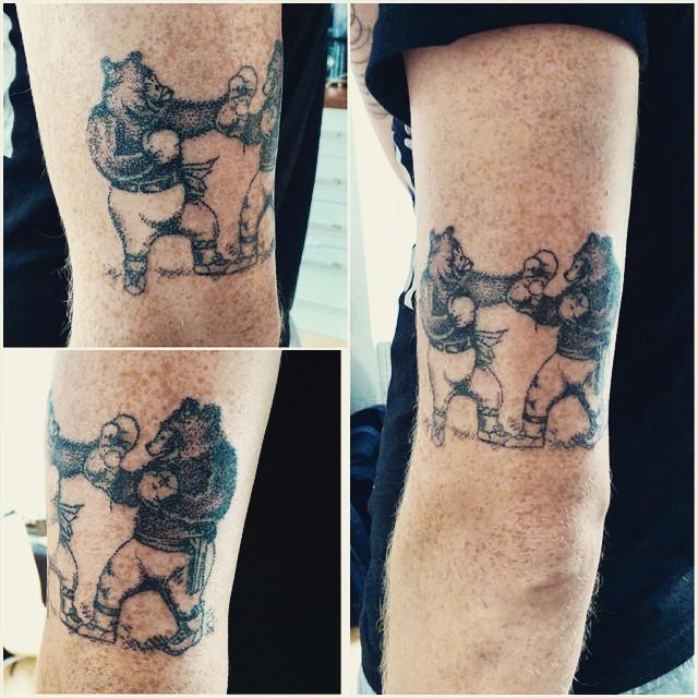 tatuaggi-un-solo-ago-metodo-tradizionale-meno-doloroso-sarah-march-05