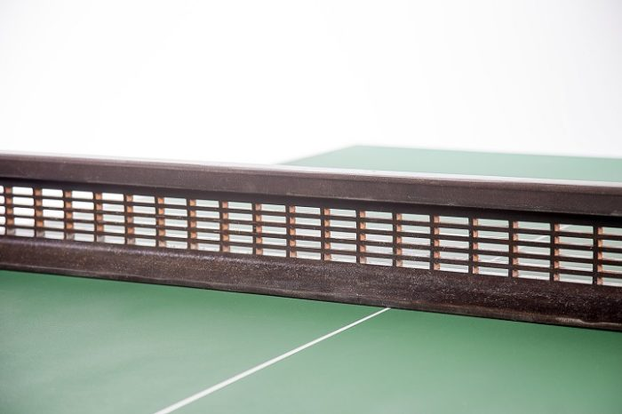 tavolo-ping-pong-rotaie-treno-traversine-legno-rail-yard-studios-5