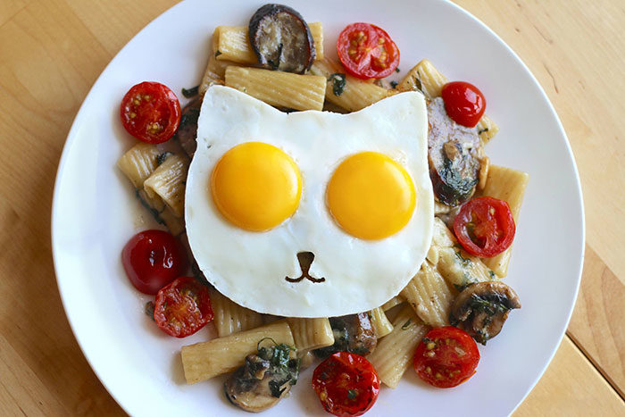 uova-fritte-a-forma-di-gatto-cat-egg-mold-3