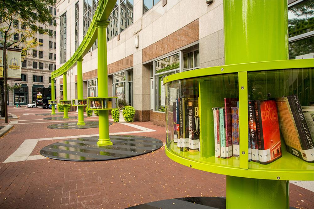 book-sharing-artisti-mini-librerie-indianapolis-3