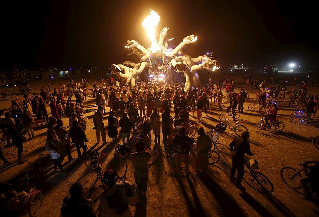 burning-man-festival-2015-fotografia-jim-urquhart-01