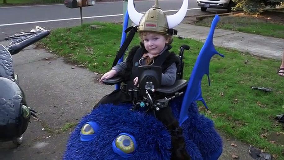 costumi-halloween-bambini-sedia-a-rotelle-magical-wheelchair-4