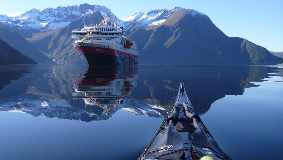 foto-fiordi-norvegia-kayak-tomasz-furmanek-10
