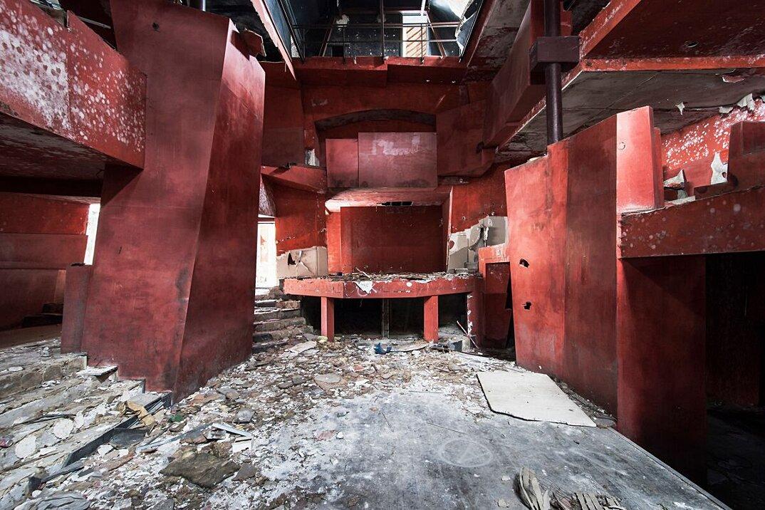 foto-luoghi-abbandonati-reginald-van-de-velde-03