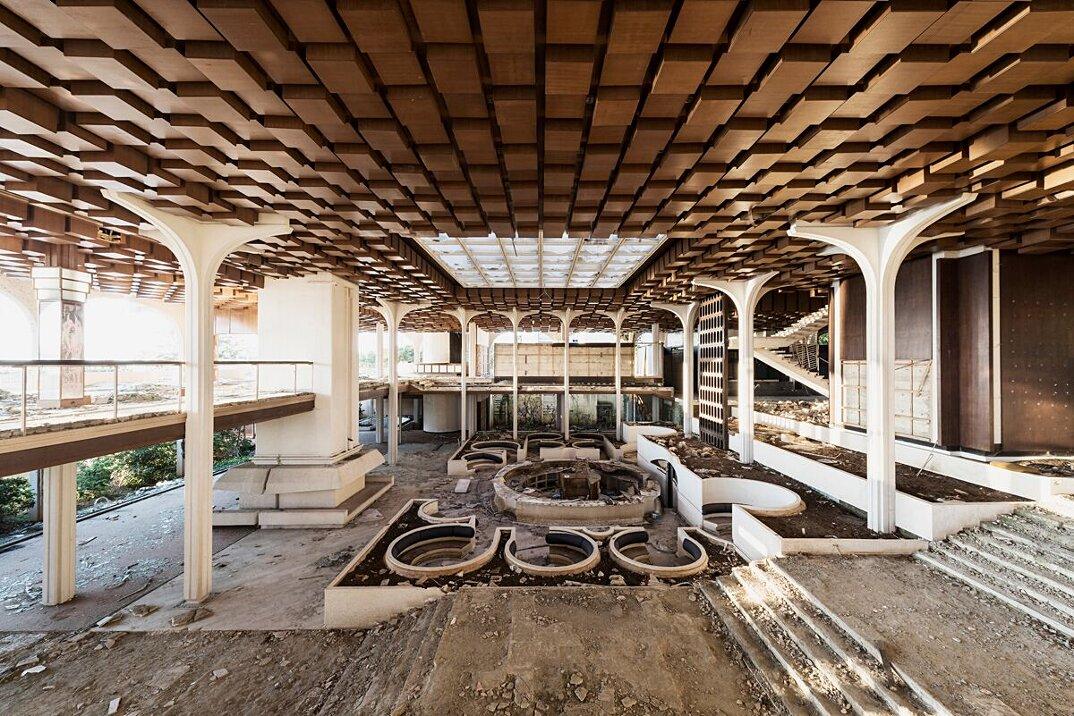 foto-luoghi-abbandonati-reginald-van-de-velde-07